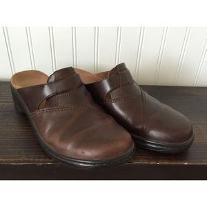 CLARKS Brown Leather Slides Mules Slip On Clogs